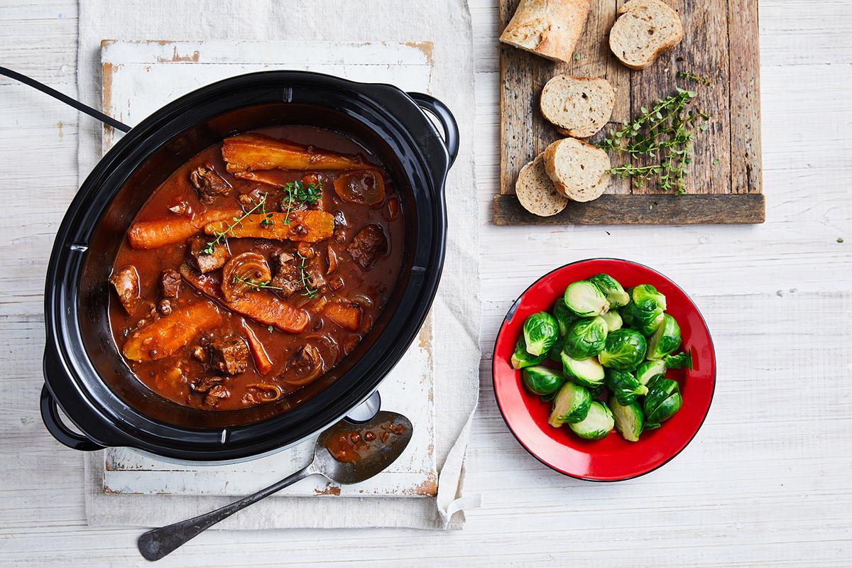 Slow cooker lamb and lentils
